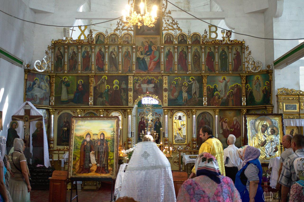 Троицкий Собор в Новомосковске богослужение