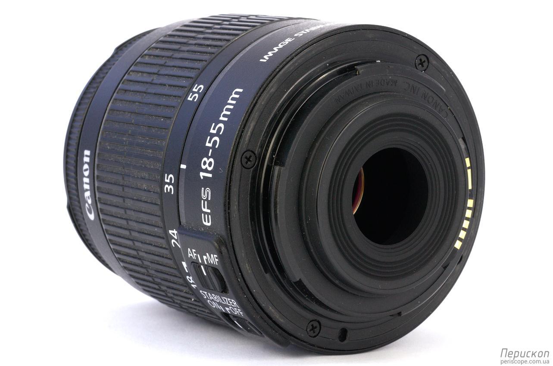 Объектив Canon EF-S 18-55 мм f/3.5-5.6 IS II вид сбоку-сзади