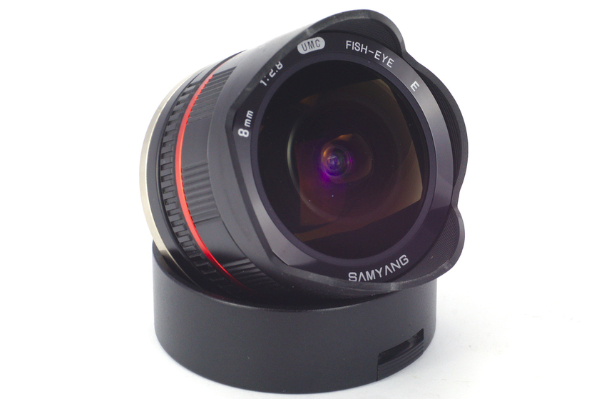 Samyang 8mm f/2.8 UMC Fish-eye E