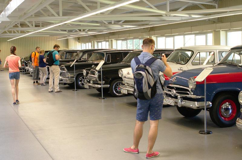 Коллекция автомобилей Януковича