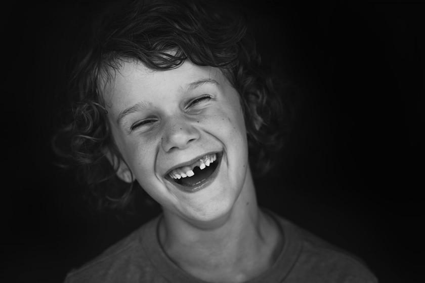 Как получить искренние улыбки детей на фотографиях?