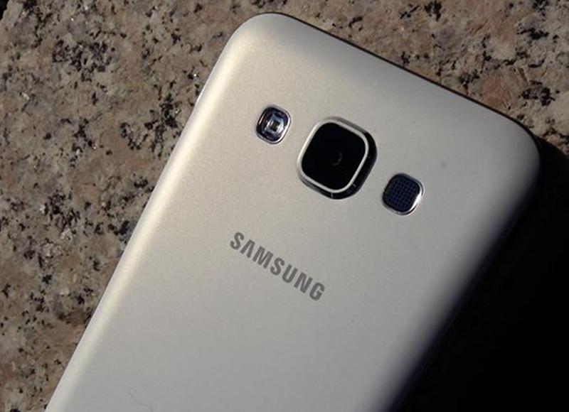 Samsung Galaxy E5 Duos SM-E500H