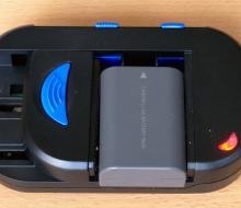 Универсальное зарядное устройство для аккумуляторов фотоаппаратов