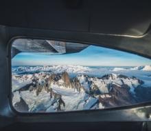 Фотографирование самых больших гор в мире из аэроплана с Тимом Кемпле