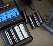 Panasonic BQ-CC65 – зарядка для зарядки и реанимации аккумуляторов